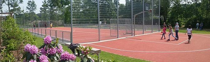 Neuer Sportplatz eingeweiht: